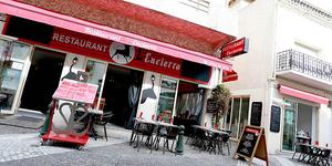 L'Encierro ouvre sa terrasse le 19 mai au Grau-du-Roi pour vous proposer des spécialités régionales.