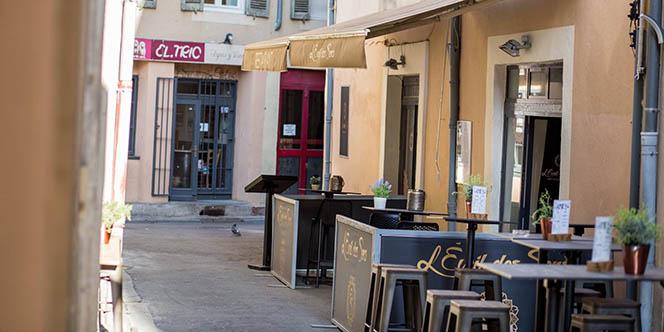 L'Éveil des Sens Nîmes vous envoûte le temps d'un dîner autour d'une cuisine franco-marocaine faite maison en centre-ville.