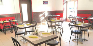 Le Before Nîmes est reconnu pour son barbecue et sa cuisine familiale maison au sein du bar-restaurant de la Route d'Uzès.