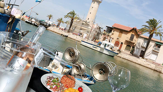 Venez découvrir un nouveau restaurant, idéalement situé au Grau du Roi : la Brasserie du phare ! (® SAAM-fabrice Chort)