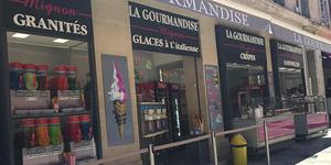 Venez savourer vos crêpes préférées (et autres snacks) au pied de l'Horloge chez La Gourmandise !(® facebook la gourmandise)