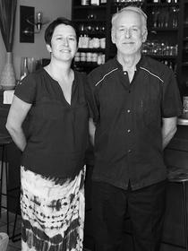 L'Esclafidou Nîmes est un restaurant de spécialités régionales et sud-africaines faites maison qui est dirigé par le couple Elmarie et Stéphane Landwerlin.(® SAAM-fabrice Chort)