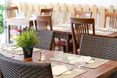 Restaurant L'Encierro au Grau du Roi est un restaurant de cuisine fait maison qui propose des recettes régionales et des tables en terrasse (® SAAM-fabrice Chort)