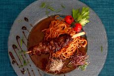 Restaurant sud africain Nîmes L'Esclafidou et sa cuisine fait maison aux saveurs épicées. Ici un onglet de boeuf mariné (® SAAM-fabrice Chort)