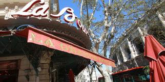 La Grande Bourse Nîmes est un bar-restaurant à quelques pas des Arènes (® networld-fabrice chort)